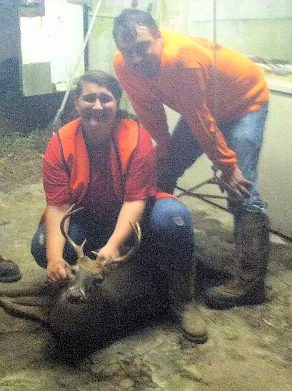 Madie Exum 14 with her first deer 7 point with Dad Michael 10/13/14