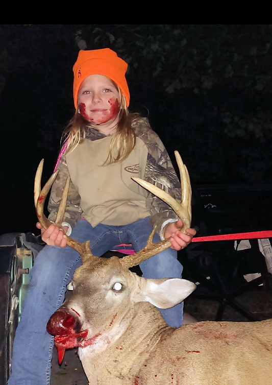 8 year old Nevaeh Lavely killed her first deer 11/01/2014 in Emanuel County
