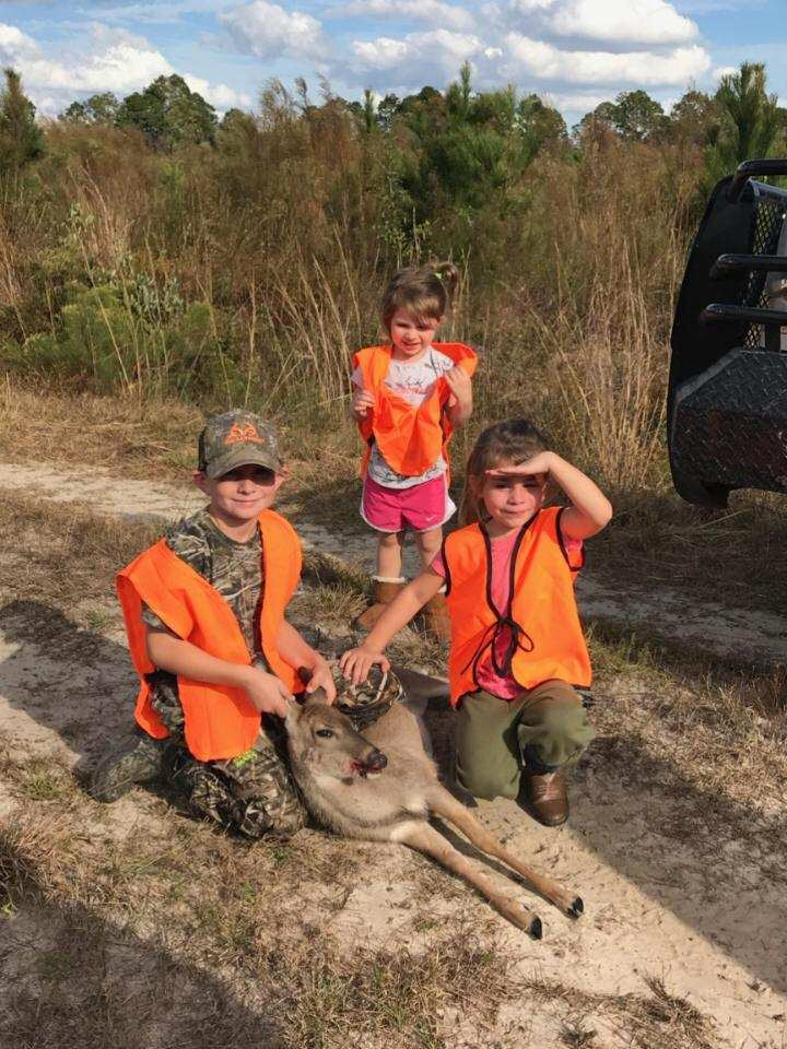 Tyson Crosby killed his 1st deer running dogs January 2018. Sisters Layla and Bella shared the fun!